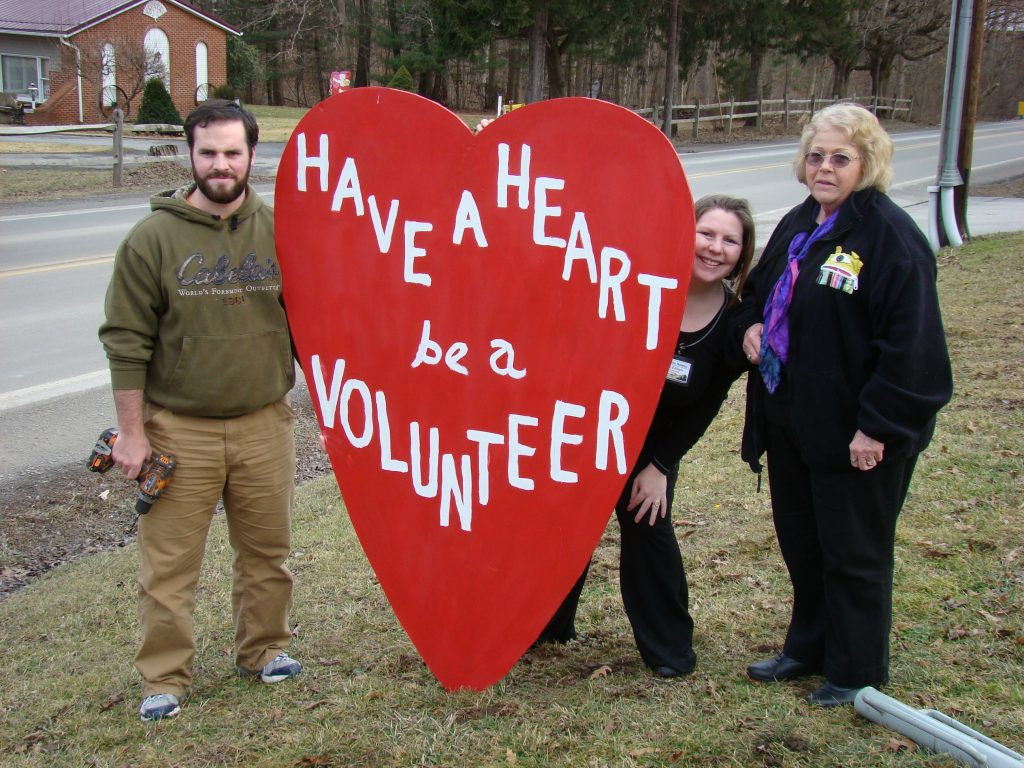 Mountain Hospice offers volunteering services with free training in West Virginia.
